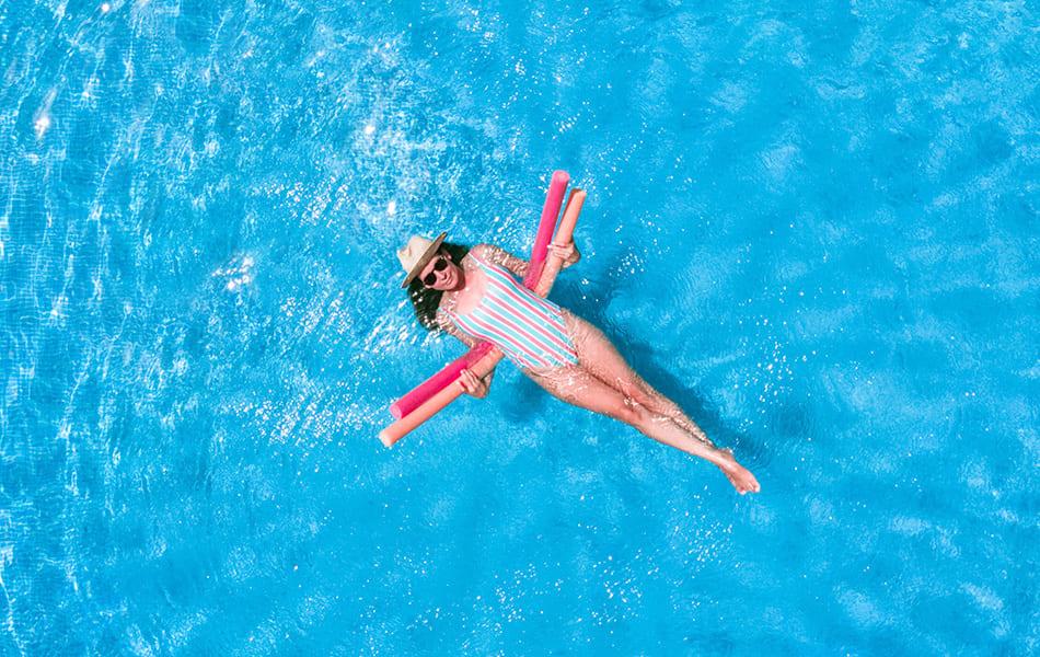 binder_schwimmer_schwimmnudel